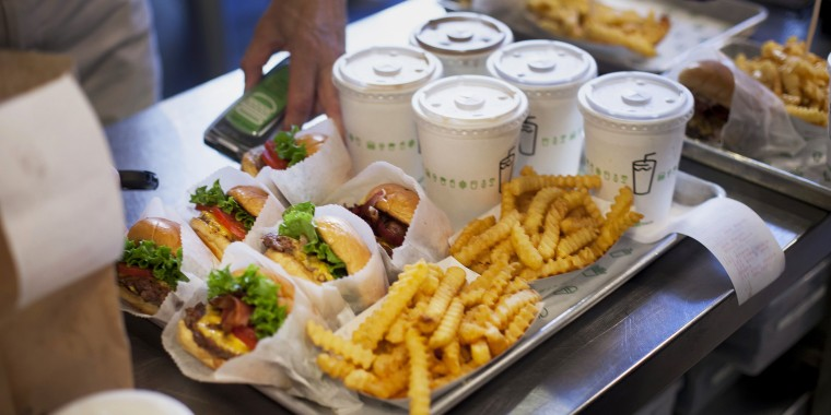 Shake Shack Owners Said To Aim For $1 Billion Valuation In IPO