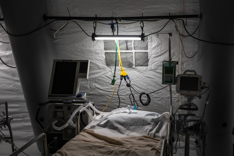 An ICU bed of a makeshift temporary hospital at Central Park in New York on March 31, 2020.