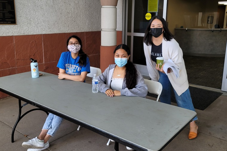Image: On June 5, community leaders helped with a pop up vaccination clinic in Carson, California.