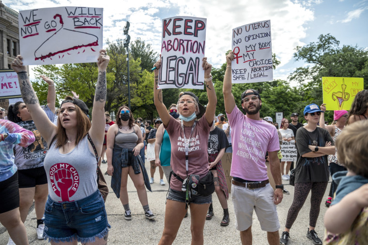 Image: Protestors Rally Against Restrictive New Texas Abortion Law In Austin