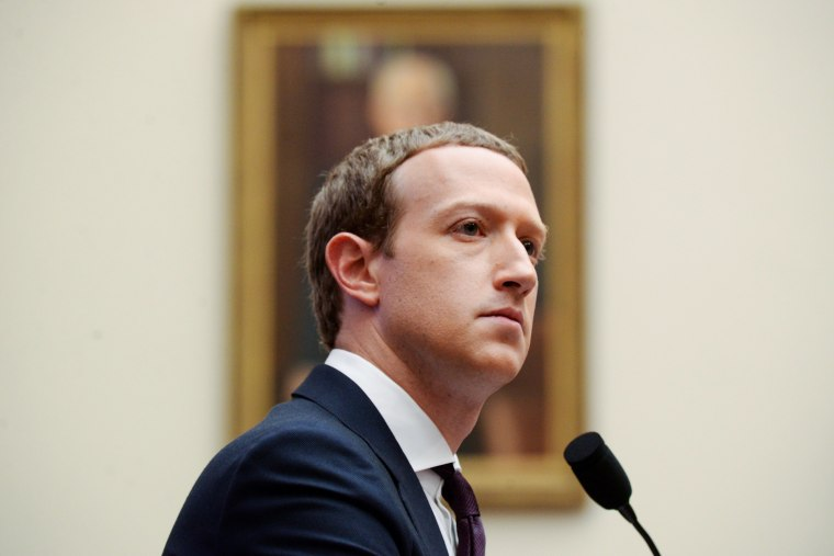 Image: Facebook Chairman and CEO Zuckerberg testifies at a House Financial Services Committee hearing in Washington