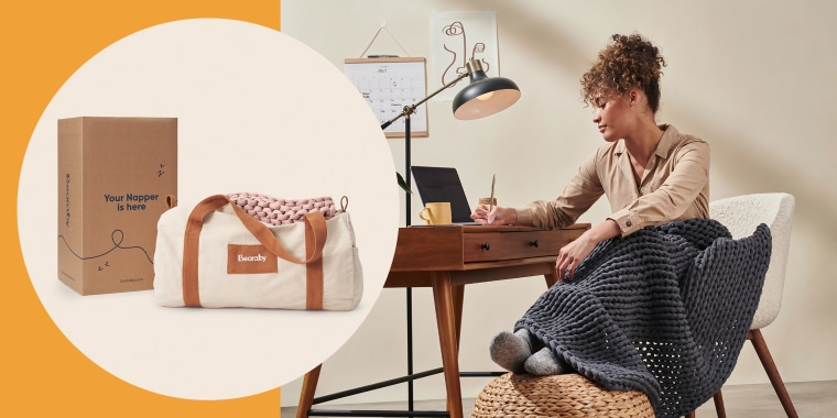 Image of a Woman with a Bearaby weighted Blanket at her desk and the blanket in a bag