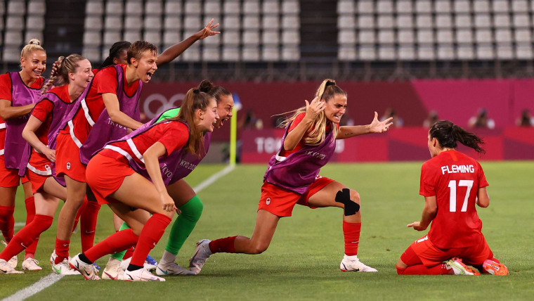 Image : Soccer Football - Femmes - Demi-finale - États-Unis v Canada