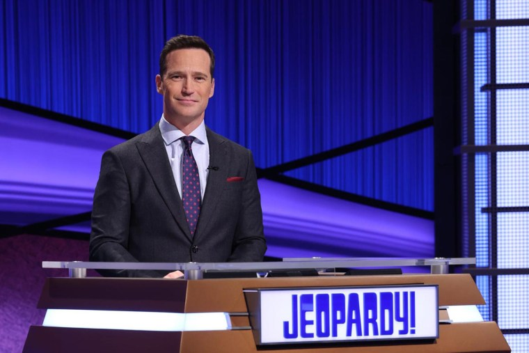 """Image: Mike Richards on the set of \""""Jeopardy.\"""""""