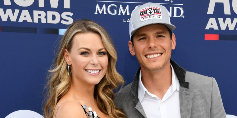 Amber Bartlett and Granger Smith attends the 54th Academy Of Country Music Awards at MGM Grand Garden Arena on April 07, 2019.