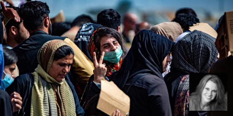 Image: Evacuation at Hamid Karzai International Airport, in Kabul
