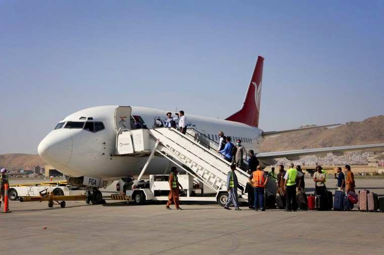 First domestic flight starts in Taliban controlled Kabul airport