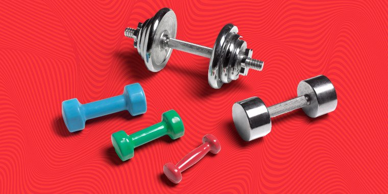 Lifting too heavy of a weight can lead to injuries, while choosing a weight that is too light can delay progress.