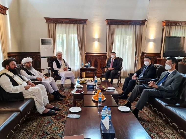 Imagen: Reunión talibán-china