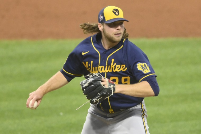 Image: MLB: Milwaukee Brewers at Cleveland Indians