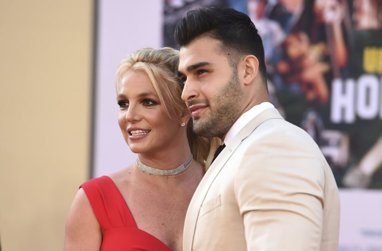 """Britney Spears and Sam Asghari arrive at the Los Angeles premiere of \""""Once Upon a Time in Hollywood\"""" in 2019."""