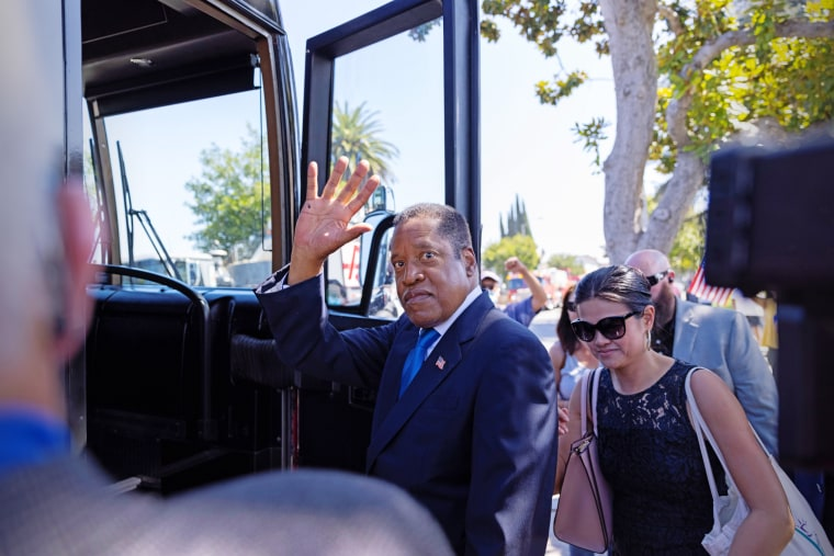 Image: Gubernatorial recall candidate Larry Elder campaigns in the recall election of governor Gavin Newsom
