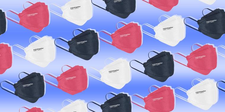 Illustration of three different colors of Evolvetogether Kn95 kids masks
