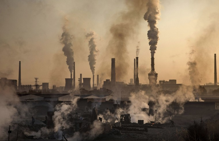 Image: Illegal Steel Factories Dodge China Emissions Laws