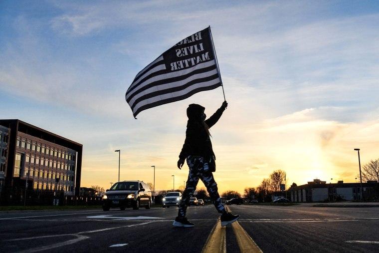 TOPSHOT-US-RACISM-POLICE-CRIME-UNREST