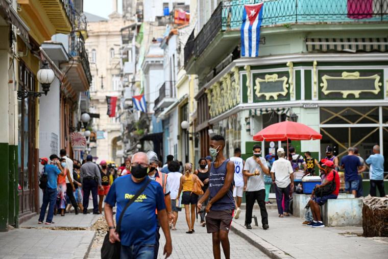 CUBA-HEALTH-VIRUS-DAILY-LIFE