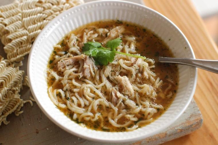 Imagen de archivo de una sopa instantánea tipo ramen