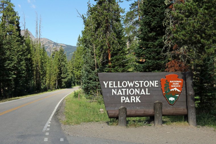 Entrance sign to Yellowstone National Park Wyoming