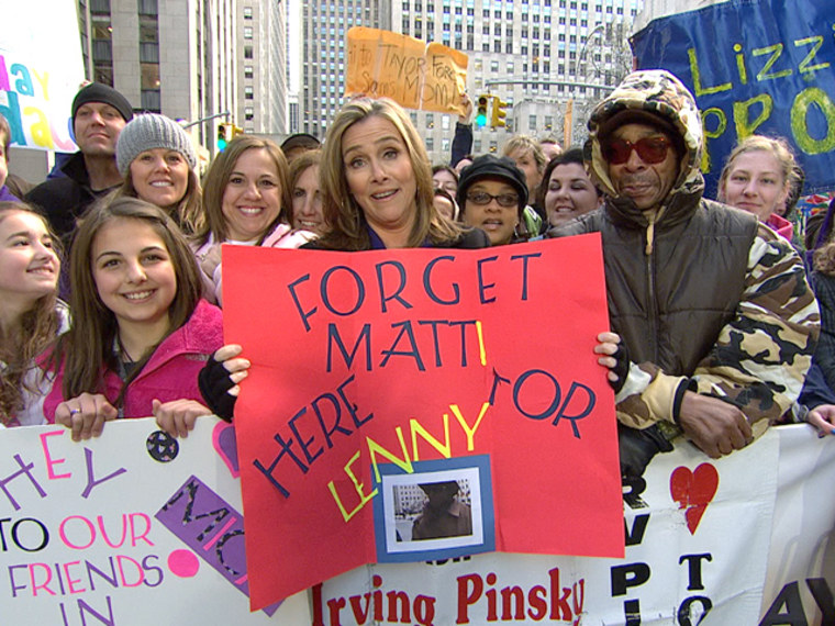 Meredith returns to TODAY for Linny, as her sign points out.
