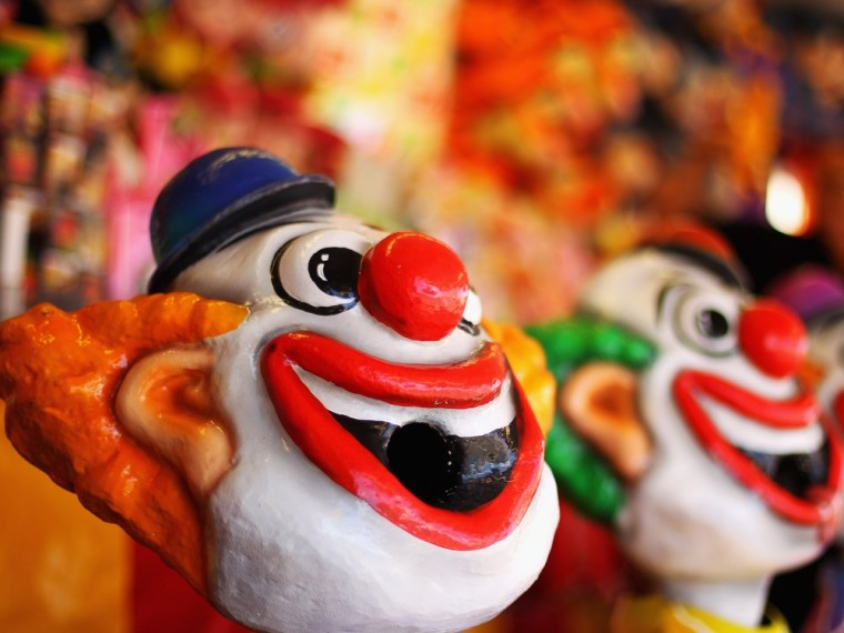 Are you scared right now? Symptoms of coulrophobia, the fear of clowns, can include sweating, nausea, feelings of dread, fast heartbeat, crying or screaming, and anger at being placed in a situation where a clown is present.