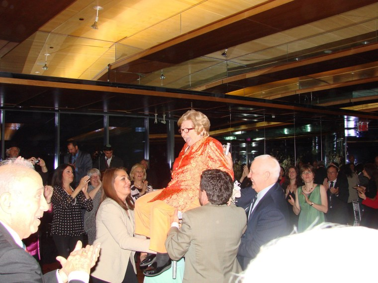 Dr. Ruth is thrown up in the air while celebrating her 80th birthday. Mazel tov, Dr. Ruth!