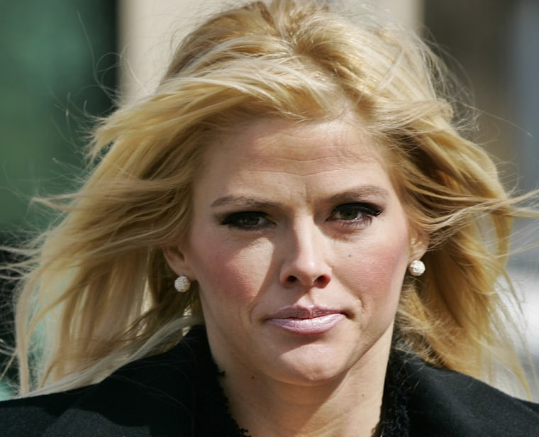 Anna Nicole Smith, who died in 2007, owes nearly $300,000 in back taxes.