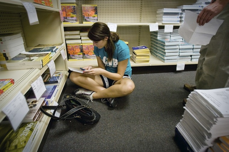 E-books haven't solved the woes of high-priced college textbooks.