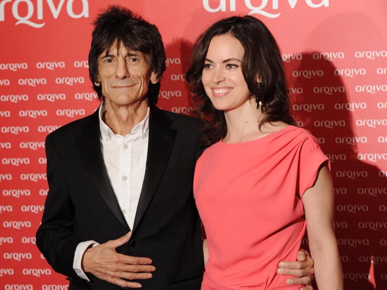 på fötter bilder av innovativ design grossist online Reports: Rolling Stones' Ronnie Wood marries Sally Humphreys