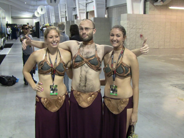 There are 42 photos of Man Leia posing with various Comic Con Cosplayers. Check it out. Now.