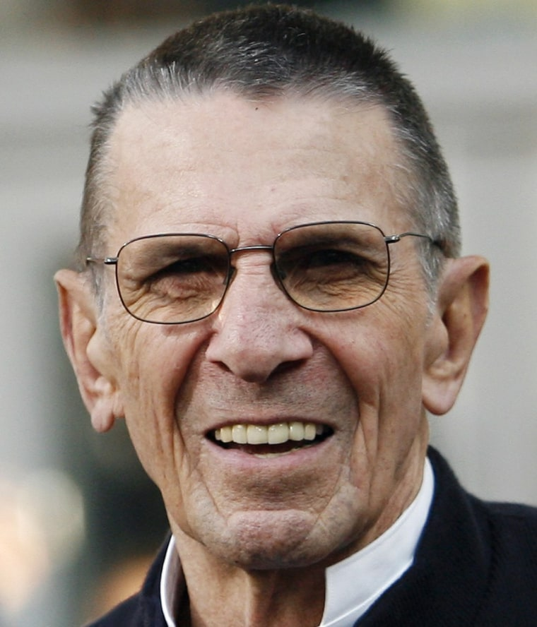 """Actor Leonard Nimoy attends the premiere of the movie \""""Star Trek\"""" at the Grauman's Chinese theatre in Hollywood, California in this April 30, 2009 file photograph. Nimoy will appear in a recurring role in the FOX television series \""""Fringe.\""""   REUTERS/Mario Anzuoni/Files   (UNITED STATES ENTERTAINMENT HEADSHOT)"""