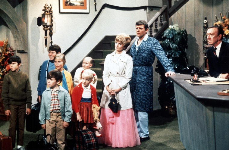 """That's the way ... they became """"The Brady Bunch"""" -- again."""