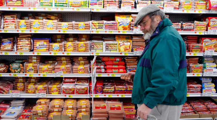 According to a survey, 52 percent of dads say they are the primary supermarket shoppers in the household.