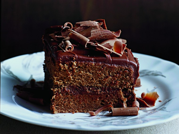 Photos of chocolate cake and other sugary treats made regions of the brain known to be involved in appetite control light up, according to a new study.