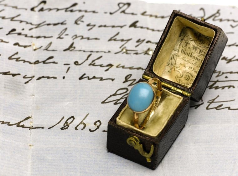 A natural turquoise ring that once belonged to Jane Austen has been put up for auction by her descendants. The existence of the ring shocked and surprised Austen experts and fans.