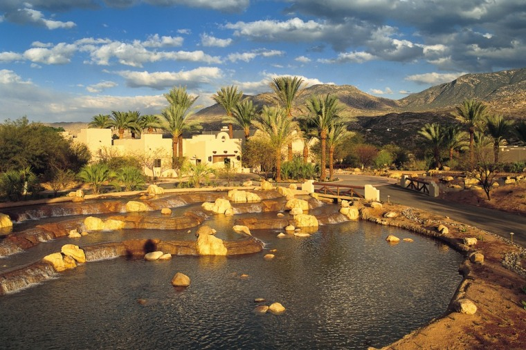 The Miraval Arizona Resort & Spa in Tucson offers a range of spa treatments and packages, medical consultations and wellness treatments.