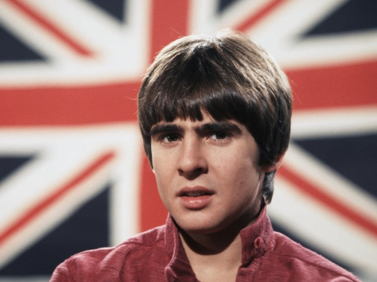 (FILE PHOTO) It has been reported that British actor and musician Davy Jones of The Monkees has died of a heartattack at the age of 66 on February 29, 2012.LOS ANGELES - DECEMBER 1967:  Davy Jones on the set of the television show The Monkees in December 1967 in Los Angeles, California. (Photo by Michael Ochs Archives/Getty Images)