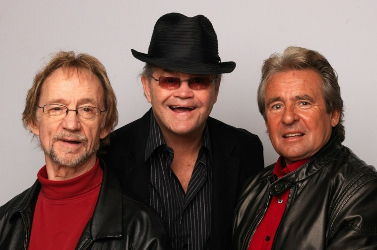 LONDON, ENGLAND - FEBRUARY 21:  (L-R) Peter Tork, Davey Jones and Micky Dolenz of The Monkees pose during portrait session to announce the bands 45th anniversary tour held at The Groucho Club on February 21, 2011 in London, England.  (Photo by Dave J Hogan/Getty Images)