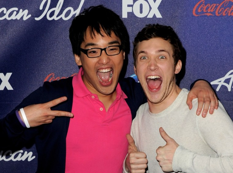 ""\""""American Idol"""" contestants Heejun Han and Phillip Phillips both disregarded the mentors' advice on March 21, but it paid off for one of them.""760|566|?|en|2|782a88d4afad6af52bf3348e5d75d89a|False|UNLIKELY|0.320327490568161