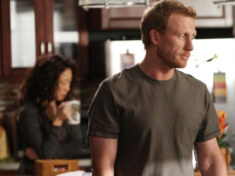 "Cristina and Owen: So close, yet so far away on \""Grey's Anatomy.\"""