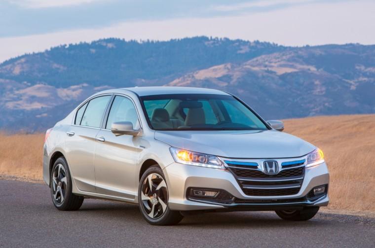 Image: Honda Accord Plug-In Hybrid