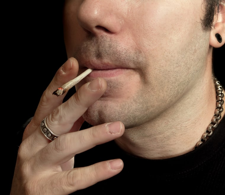 Smoking a joint a day for up to seven years didn't cause a reduction in lung capacity, a new study shows.