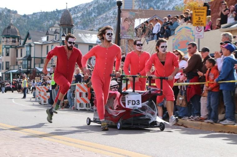 Image: Coffin race