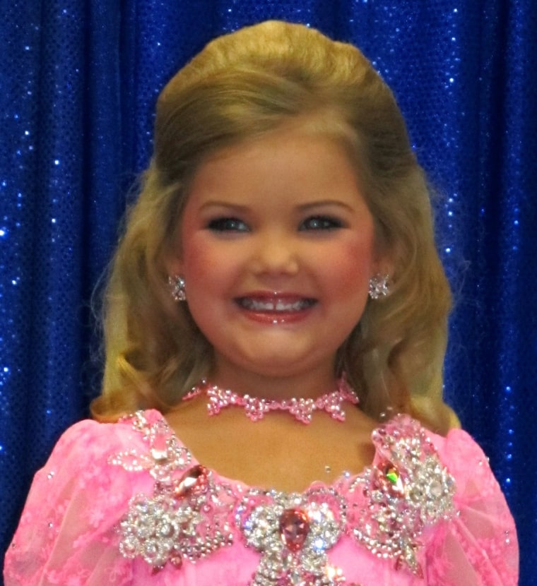 ""\""""Toddlers & Tiaras"""" star Eden Wood has put pageants behind her as she gets ready for her own show.""760|830|?|en|2|4a0acff25d490c39129587a6178848b3|False|UNLIKELY|0.34772077202796936
