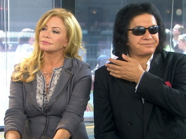 """Shannon Tweed and Gene Simmons' interview on \""""Kathie Lee and Hoda\"""" was intensely awkward -- and readers couldn't get enough."""
