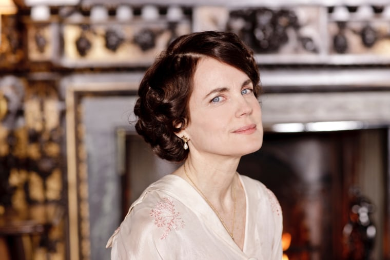 """PBS will offer viewers an extended sneak peek of the Emmy-winning miniseries \""""Downton Abbey.\"""""""
