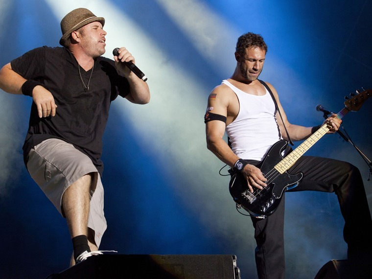 PAAREN IM GLIEN, GERMANY - JULY 26: DJ Q-Ball and Jared Hasselhoff (L-R) of Bloodhound Gang perform live during day 1 of the Greenville Festival on Ju...