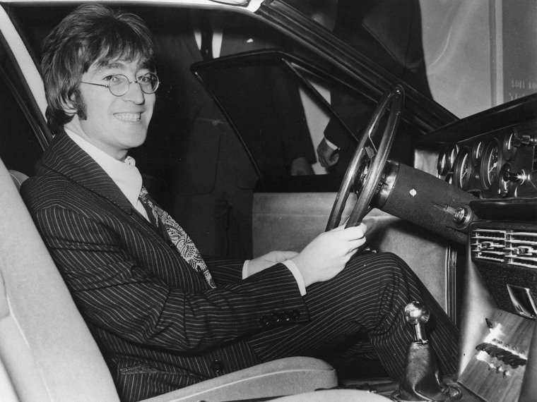 Owner of John Lennon's tooth hopes to clone the late Beatle