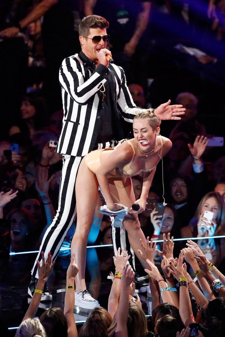 Image: Miley Cyrus, Robin Thicke