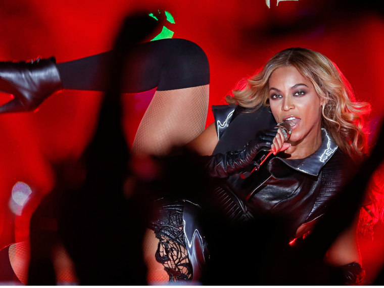 NEW ORLEANS, LA - FEBRUARY 03:  Singer Beyonce performs during the Pepsi Super Bowl XLVII Halftime Show at the Mercedes-Benz Superdome on February 3, ...
