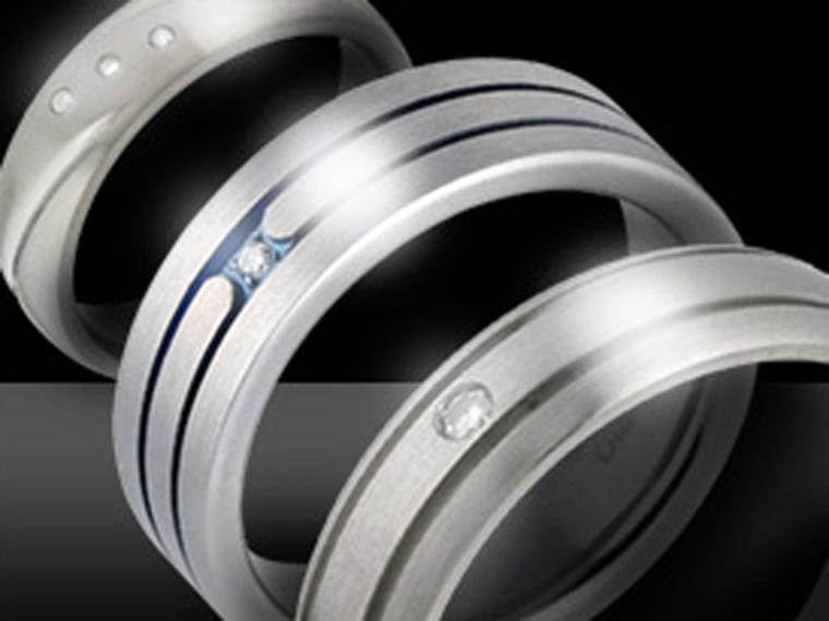 If you like him, then you ought to put it a ring on it? Britain's H.Samuel is now selling men's engagement rings.